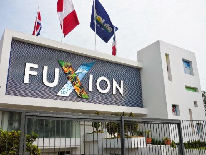 Fuxion ha experimentado un crecimiento del 300%, cerrando 2014 en la marca de los $ 80 millones. La previsión para 2015 es continuar con la expansión de la compañía en Norteamérica y Centroamérica. Además de liderazgo fantástico, la diferencia Fuxion es la calidad del producto, el costo-beneficio, la tecnología y la pasión por la ciencia...