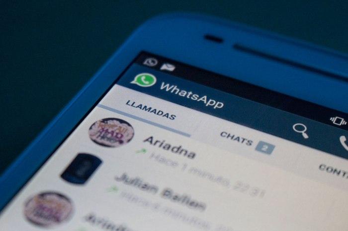 Tras un larga espera donde los más afortunados recibían una llamada a través de Whatsapp con la que se desbloqueaba la nueva función de este servicio de mensajería, hoy llega oficialmente a todos los usuarios. Un ataque a las compañías móviles que tendremos que ver cómo le siente. Ya hubo problemas con el sector de los SMS, a saber qué ocurre con esto...